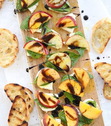 Thanksgiving Recipes: Peach-Basil Caprese Salad
