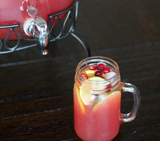 Thanksgiving Recipes: Cranberry Citrus Party Punch