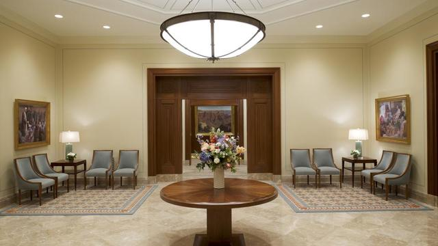 A waiting room in the Tucson Arizona Temple.