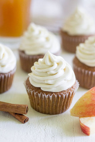 Apple Cider Cupcakes with Cinnamon Cream Cheese Frosting