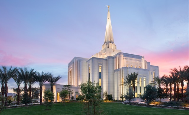 The Gilbert Arizona Temple at sunset