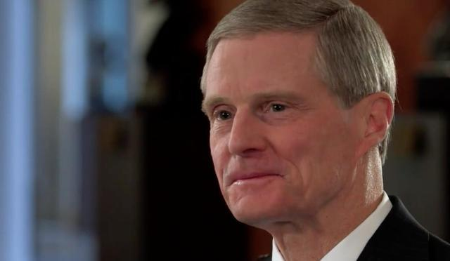 Elder Bednar speaks about receiving answers to prayers