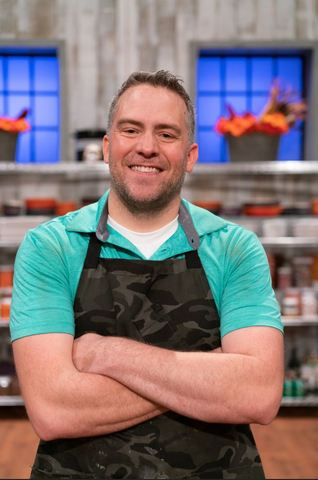 Peter Tidwell on Halloween Baking Championship. Image courtesy of the Food Network.