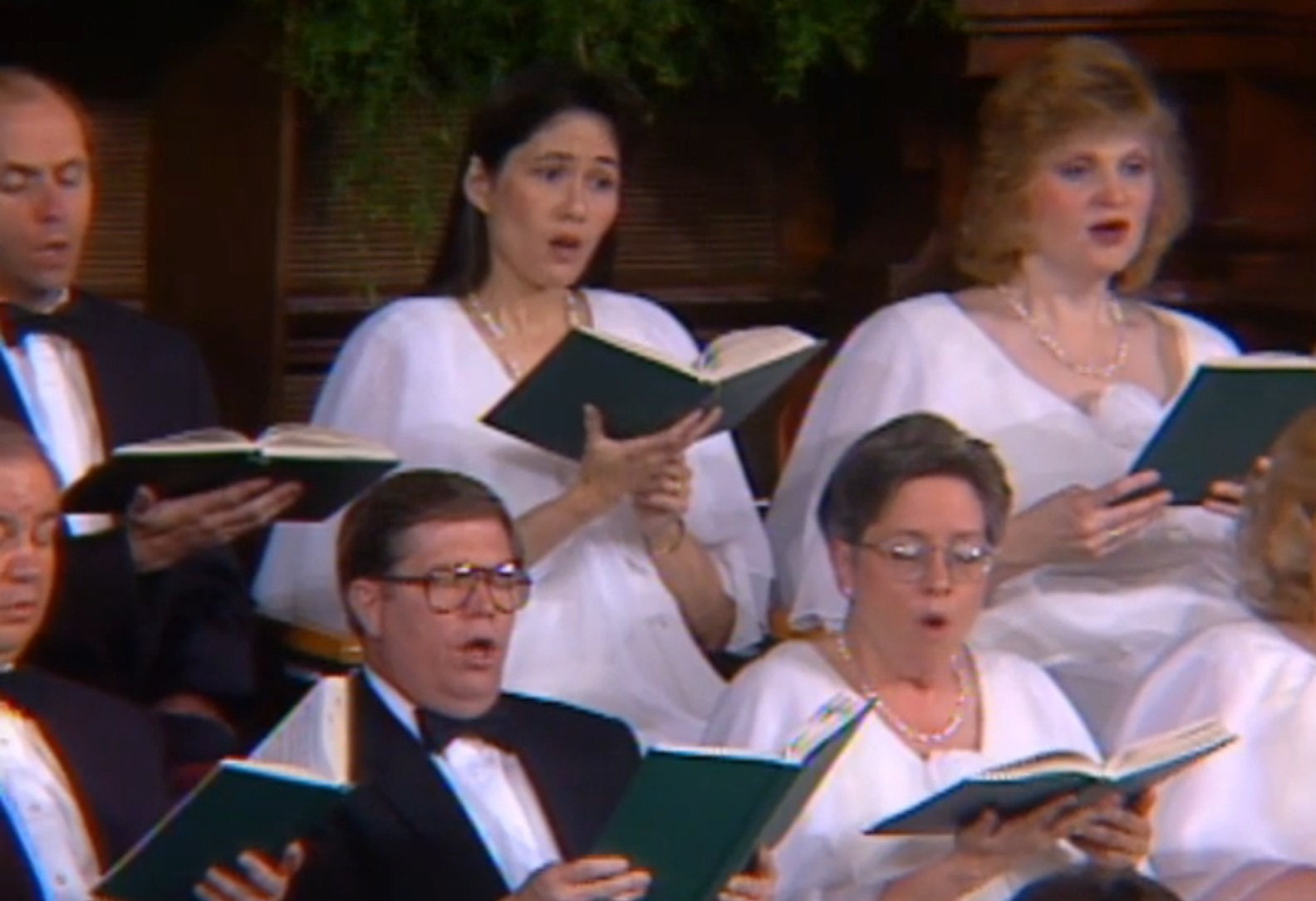 Mormon Tabernacle Choir Fashion, 1996