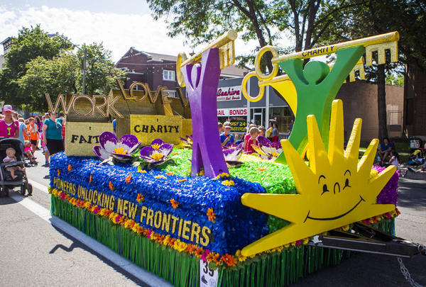 9 Spectacular Mormon-Themed Floats