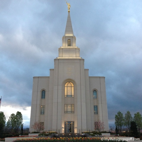 What I've Learned from My Goal to Visit All the Temples in North America (+Photos)