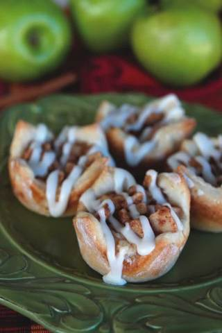 Apple-Cinnamon Cream Cheese Bites