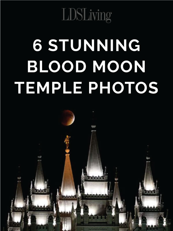 6 Stunning Blood Moon Temple Photos