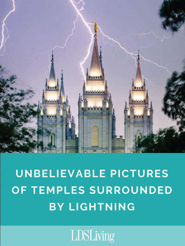 Unbelievable Pictures of Temples Surrounded by Lightning